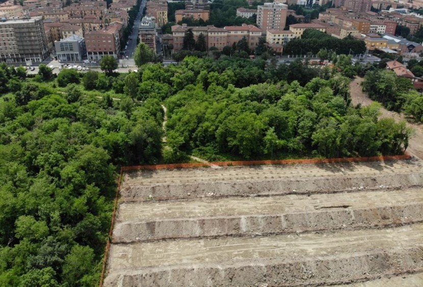 Urban forests, regeneration and conflicts: the case of Prati di Caprara in Bologna(Italy)